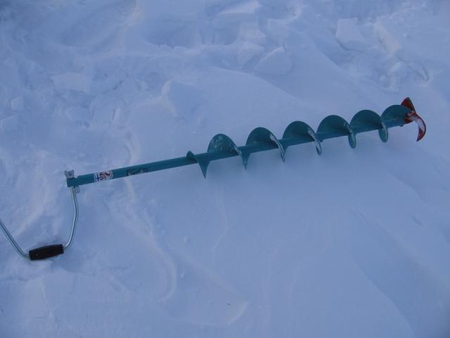 Выбираем бур для зимней рыбалки