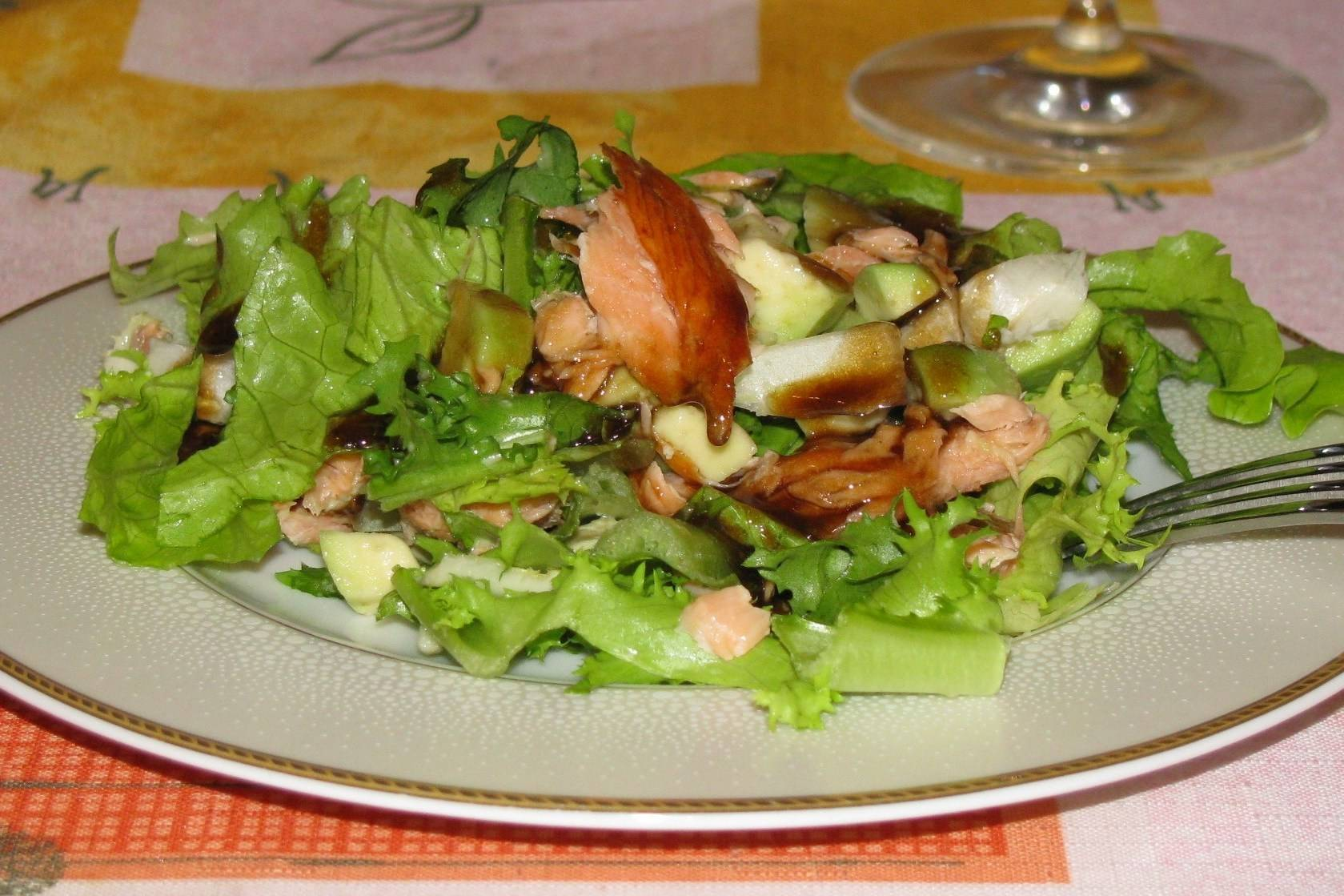 Салаты с авокадо - ? 10 проверенных рецептов с пошаговкой