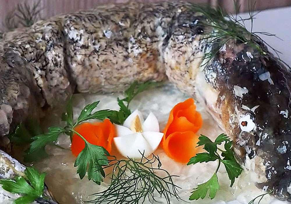 Рыбный пирог из свежей рыбы — 10 вкусных рецептов