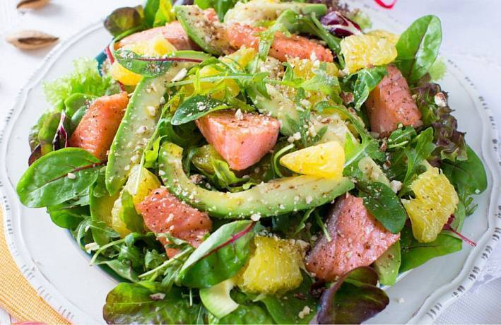 Салат с лососем 5 вкусных рецептов