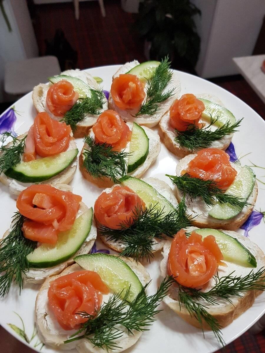 Пошаговый рецепт приготовления бутербродов с красной рыбой