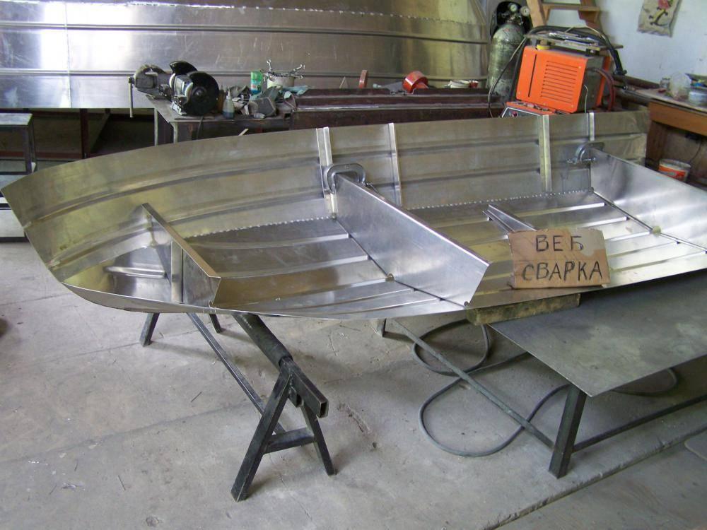 Лодки алюминиевые под мотор и гребные - цена, лучшие модели и советы по выбору