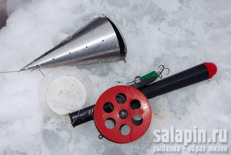 Кормушка для рыбалки своими руками: из чего и как можно изготовить снаряжение