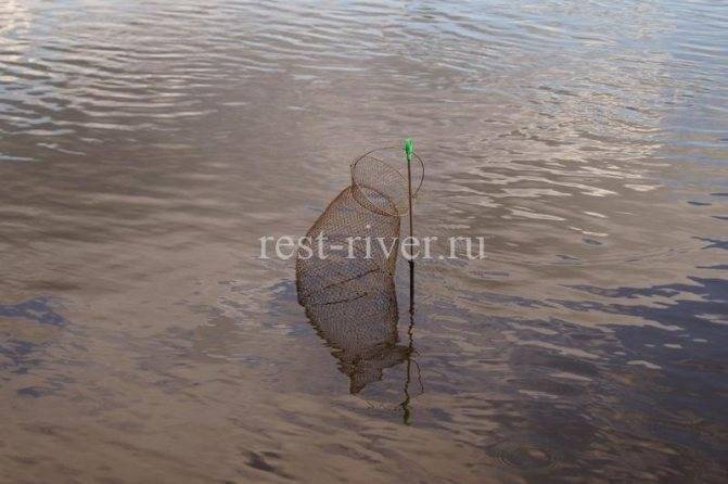 Ловля на ракушку в проводку на течении летом на поплавочную