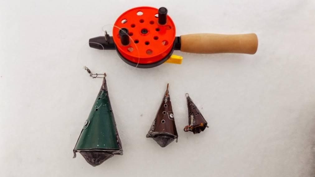 Кормушка для рыбалки своими руками
