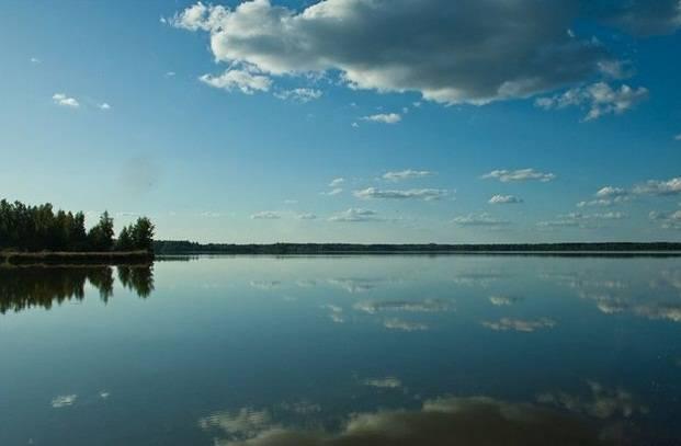 Озеро смолино. описание озера, пляж, рыбалка, отдых