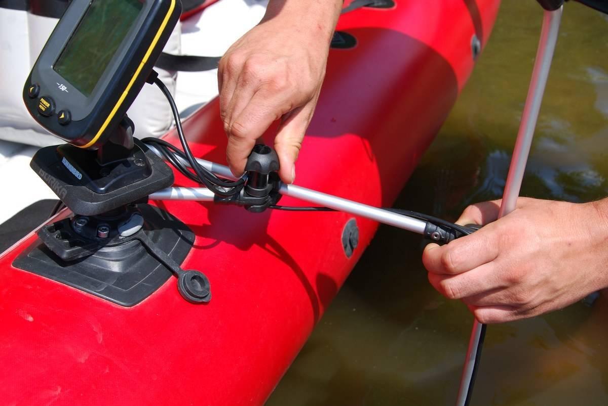 Крепление датчика эхолота на транец: установка на пвх-лодку своими руками, кронштейн и другие держатели. как установить и закрепить на алюминиевой лодке?