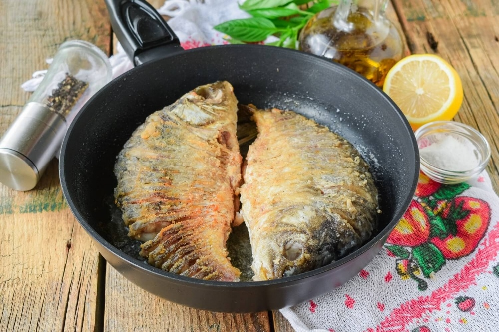 Сколько жарить рыбу на сковороде по времени, и как ее вкусно приготовить?