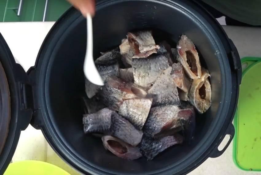 Как приготовить консервы из речной рыбы в домашних условиях
