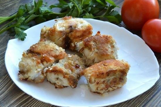 Минтай жареный на сковороде рецепт с фото пошагово - 1000.menu