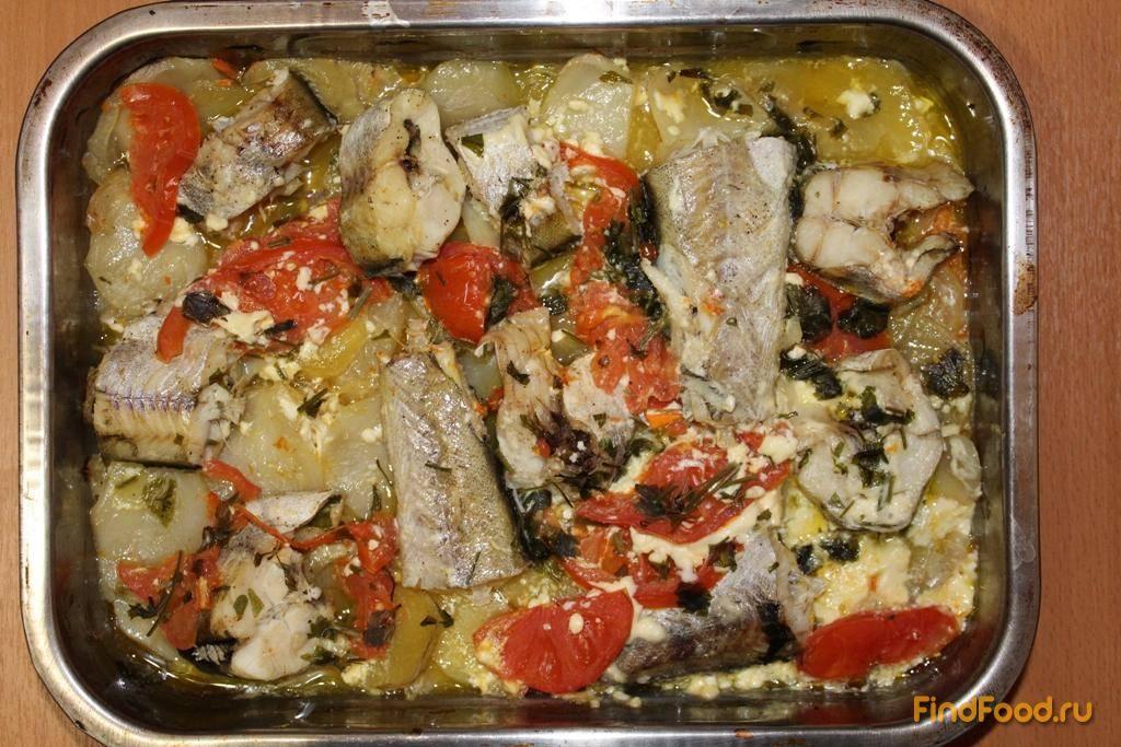 Рыба запечённая в духовке с овощами и сыром.