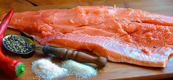 Засолить лосось в домашних условиях кусочками