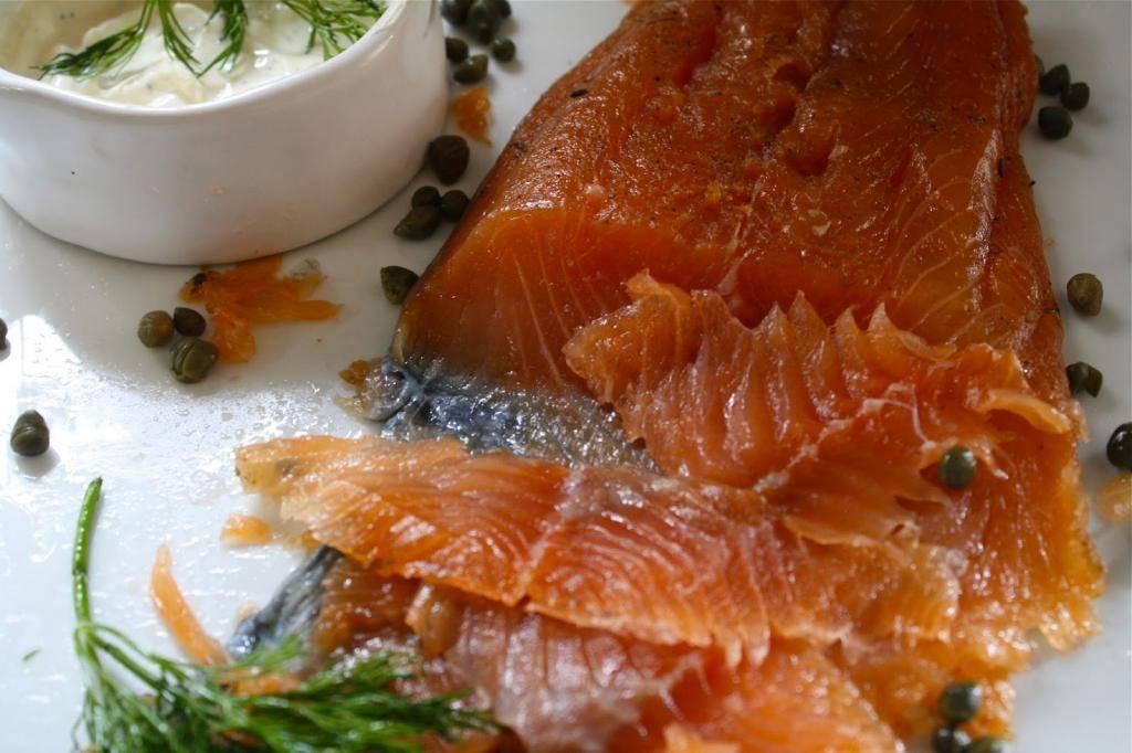 Как солить лосося дома правильно и вкусно