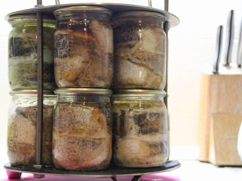 Консервы из речной рыбы: из мелкой рыбешки в масле, в автоклаве, с овощами, в томате, в духовке или мультиварке