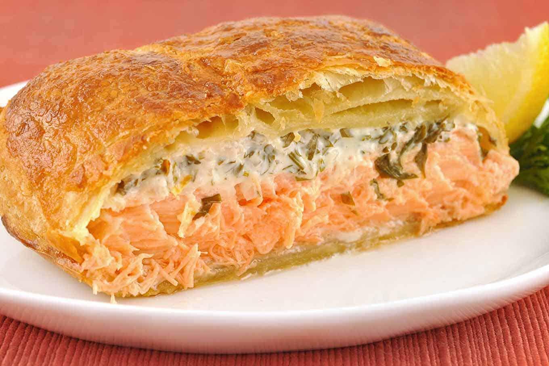 Рыбный пирог в духовке — 7 вкусных рецептов в домашних условиях