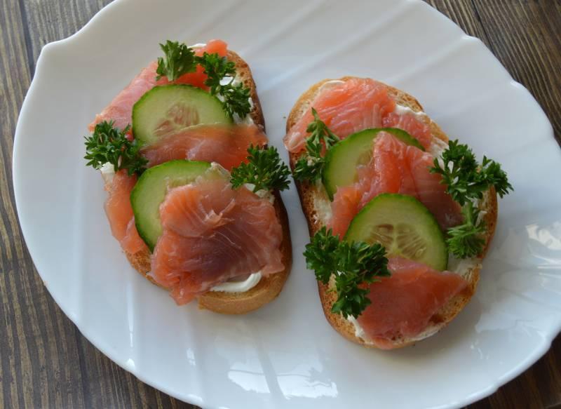 Недорогие бутерброды на праздничный стол: 20+ простых рецептов с фото — самый смак