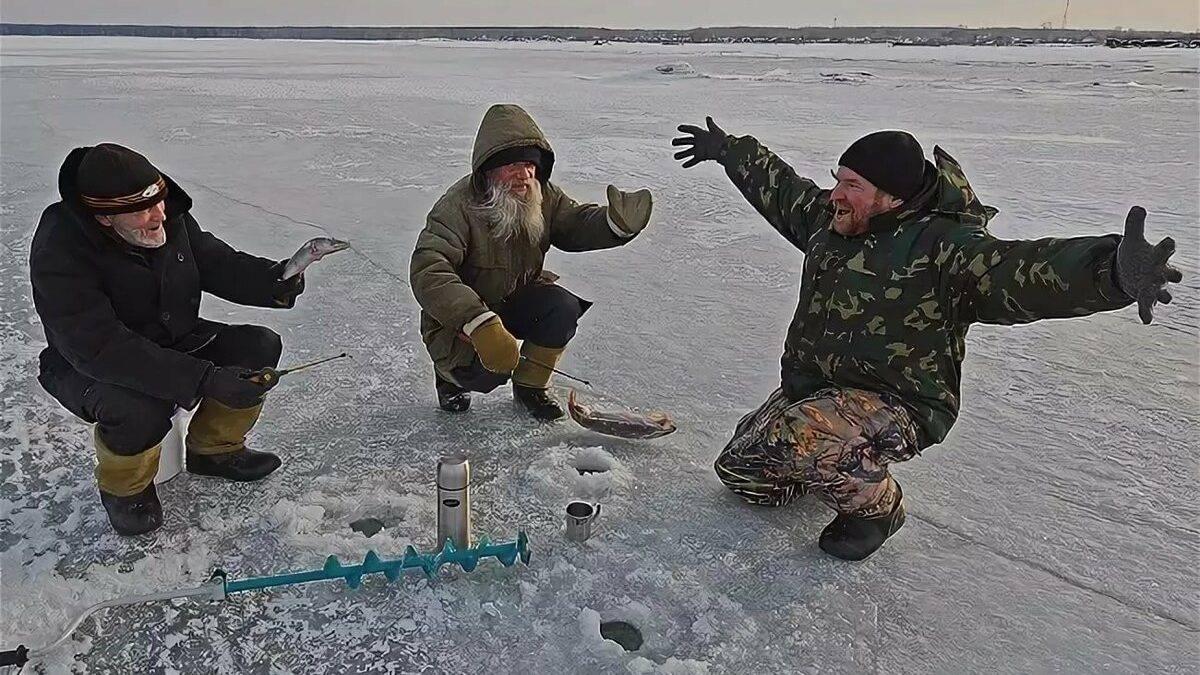 Что нужно для зимней рыбалки для начинающих: советы для новичков