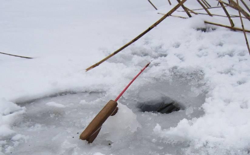Как выбрать хорошую палатку для зимней рыбалки и заниматься любимым делом с комфортом
