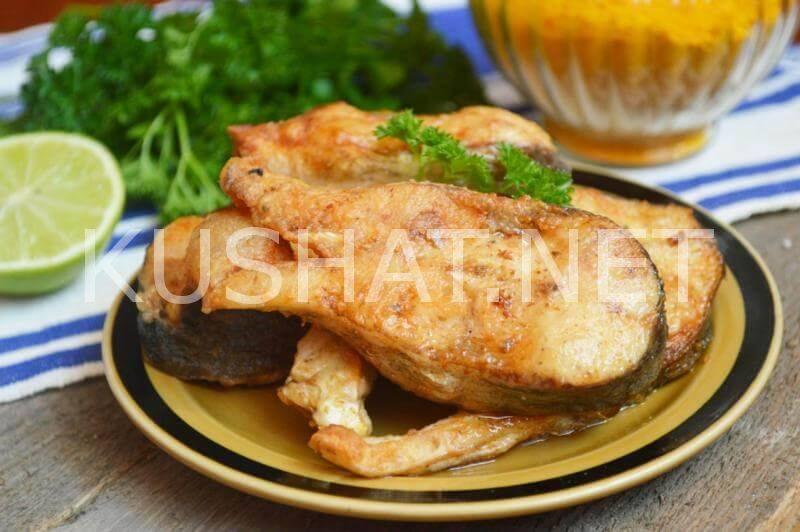 Толстолобик, запеченный в духовке: рецепты приготовления блюд, как вкусно запечь в фольге