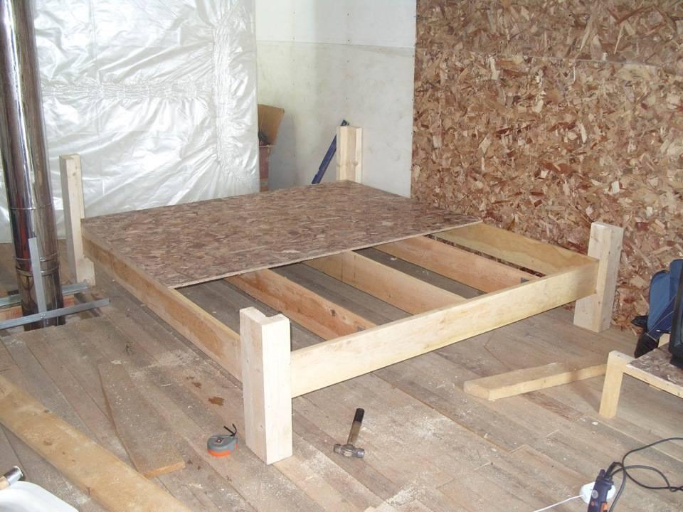 Кровать своими руками из дерева, что понадобится и порядок действий