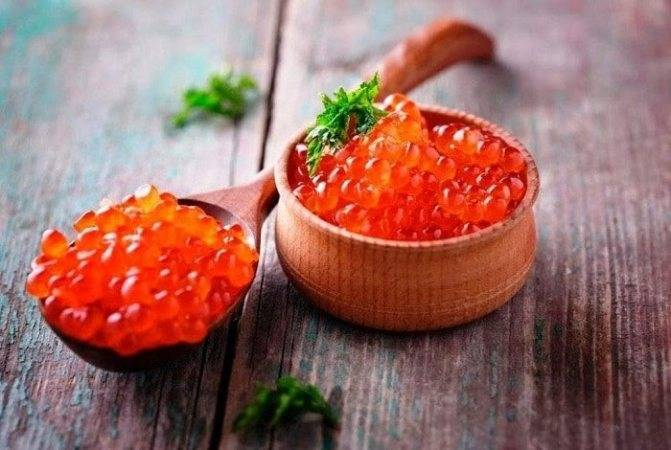 Красная икра – полезные свойства и вред, калорийность