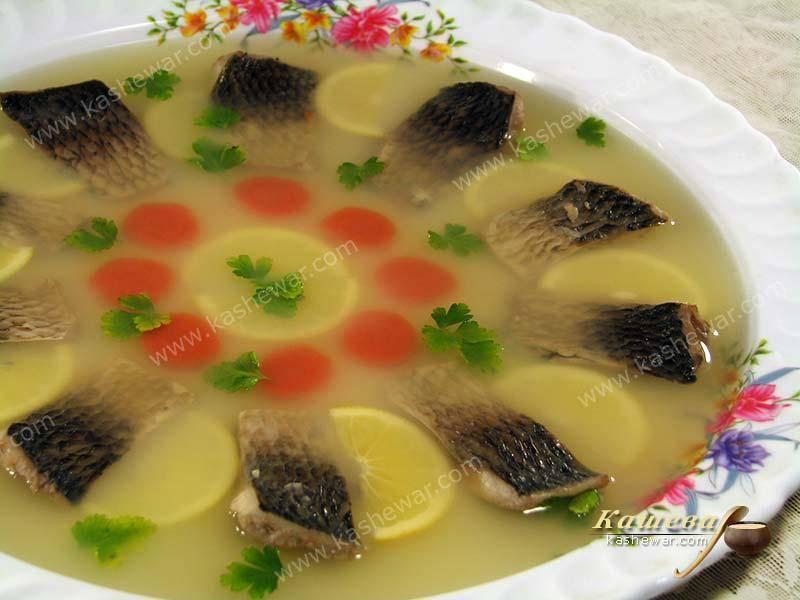 Заливное из рыбы с желатином к праздничному столу - 6 рецептов