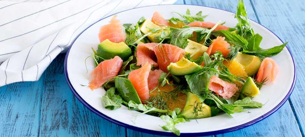 """Новогодний салат """"суши"""" с лососем – кулинарный рецепт"""