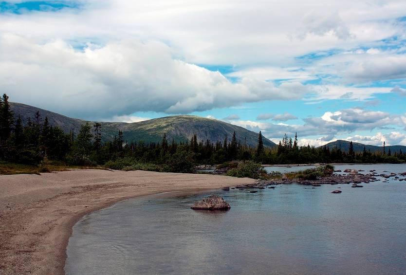 Рыбалка на озере — снасти, техника, выбор места, особенности