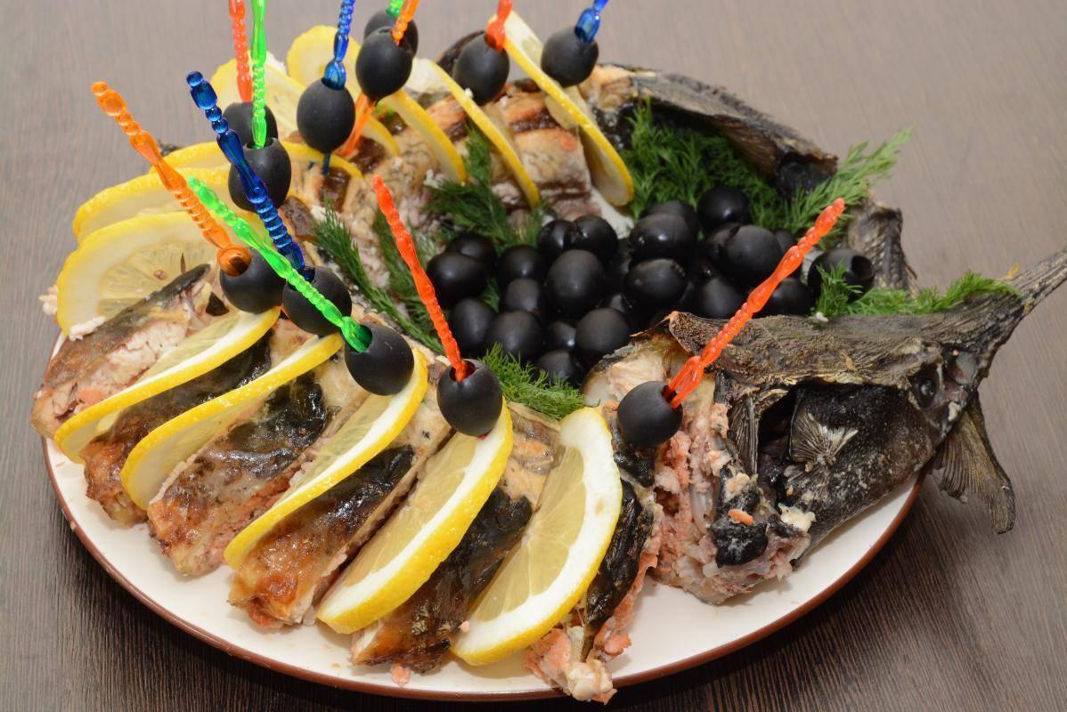 Стерлядь, запеченная в духовке. 5 проверенных рецептов для вашего стола