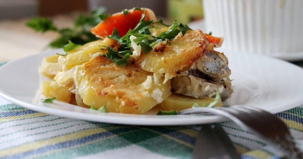 Рыба запеченная с картофелем по русски рецепт с фото - 1000.menu