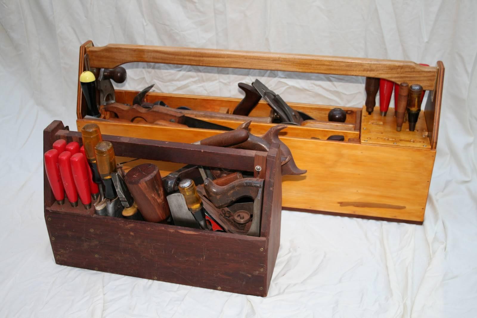 Как выбрать ящик на колесах для инструментов?