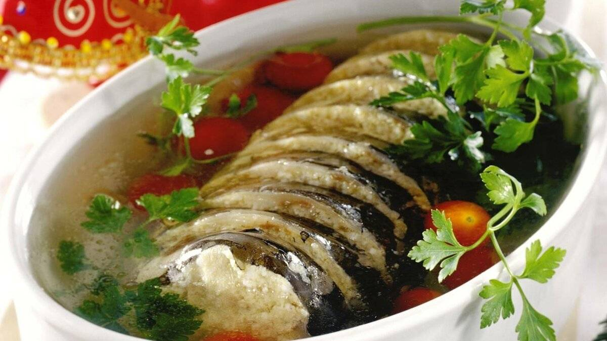 Заливное из курицы с желатином — 8 простых и вкусных рецептов