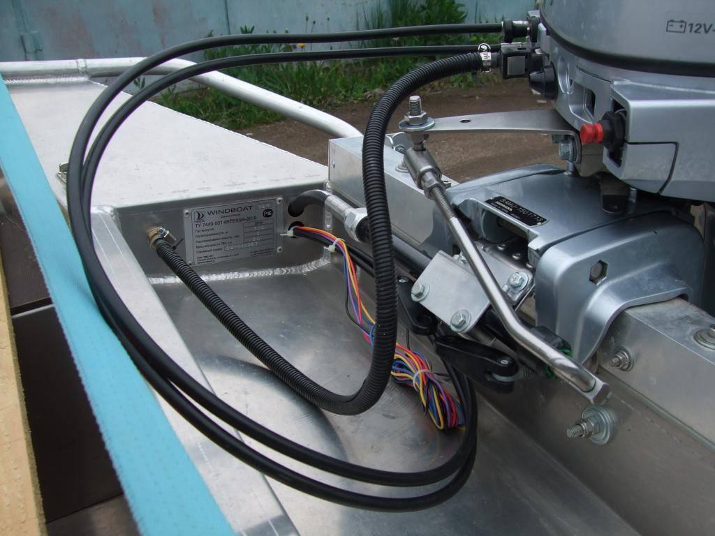 Как выбрать лодочный мотор для надувной лодки — советы и видео