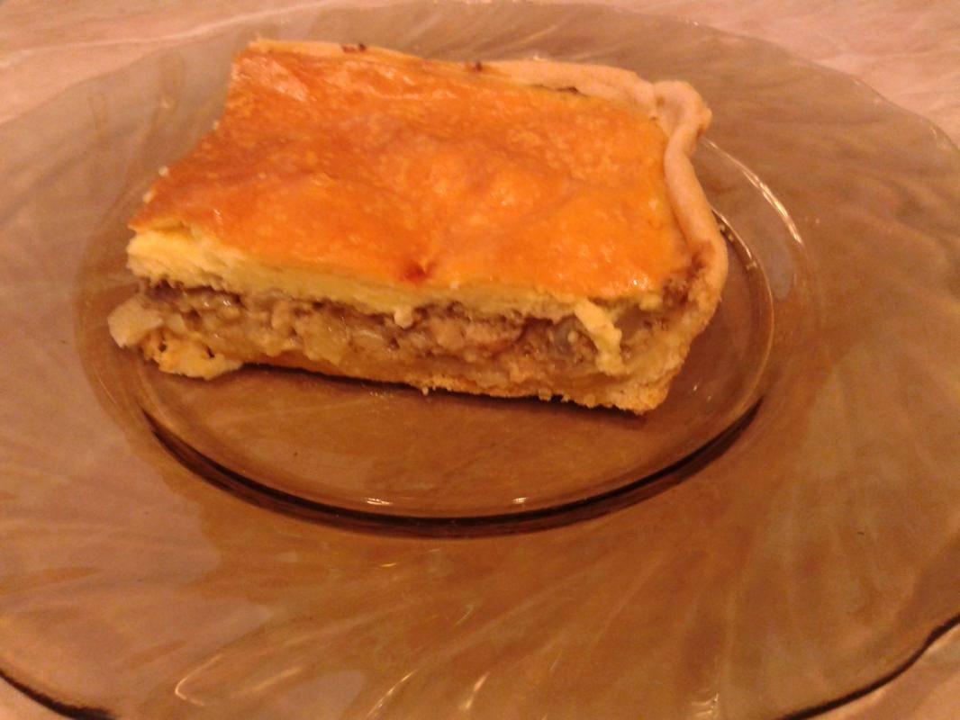 Заливной пирог с рыбными консервами - рецепт