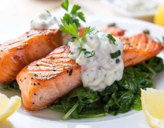 Нежное рыбное филе на пару: супер-простой рецепт