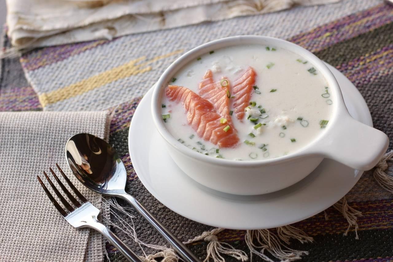 Сливочный крем-суп пюре с семгой – кулинарный рецепт