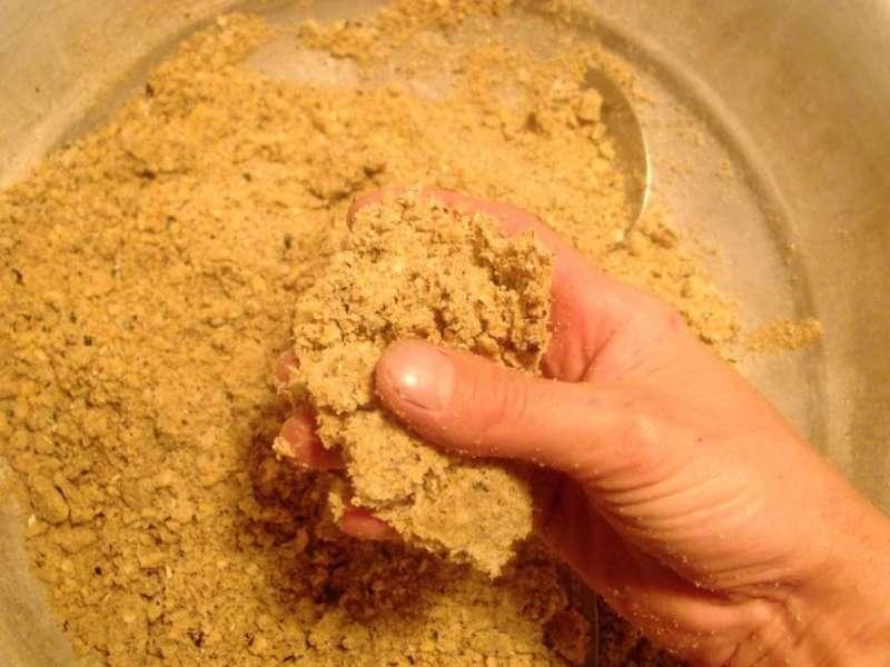 Прикормка для плотвы (летом, осенью): приготовление своими руками, рецепты