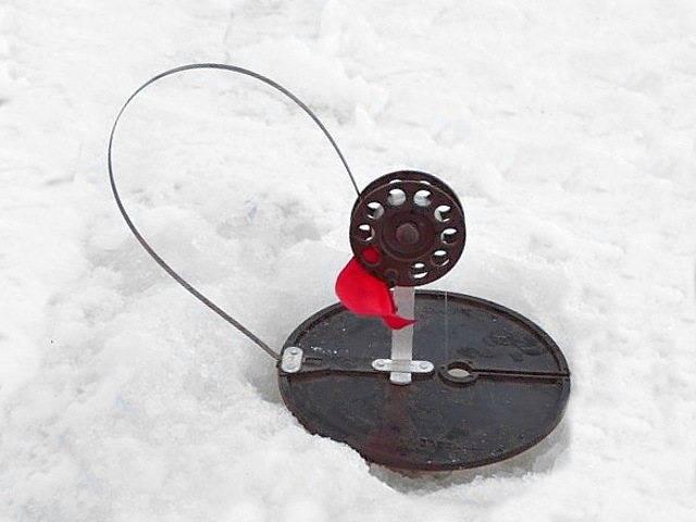 Рыбалка на налима зимой на жерлицы