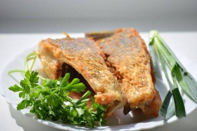 Как жарить рыбу на сковороде и сколько по времени