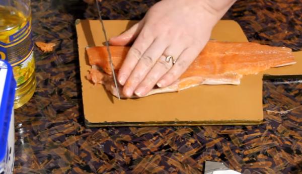 Как вкусно засолить горбушу под семгу?