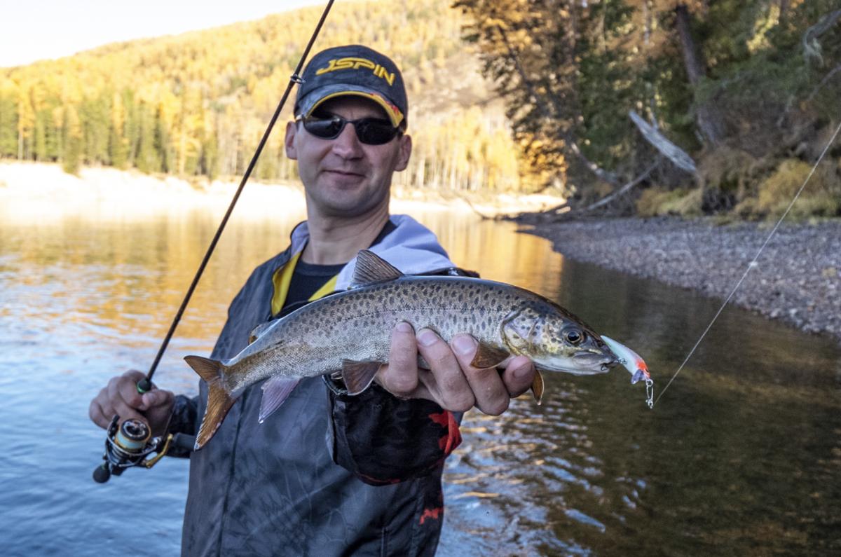Рыбалка в туве на реке енисей и хор-оос  6 дней - туроператор хакасии туристская компания дискавери отдых в хакасии