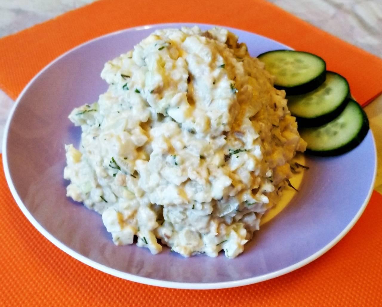 Рыбный салат из консервированной сайры 124 рецепта - 1000.menu