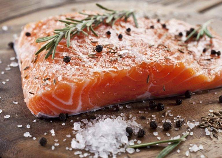 Лосось в рассоле в домашних условиях рецепт. слабосоленый лосось: рецепт пошагового приготовления