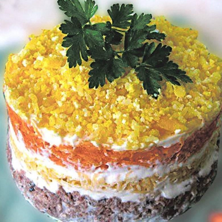 Салат мимоза с сайрой и сливочным маслом рецепт с фото - 1000.menu