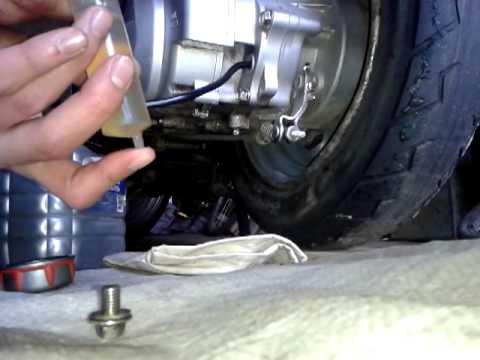 Какое масло для двухтактных лодочных моторов лучше?