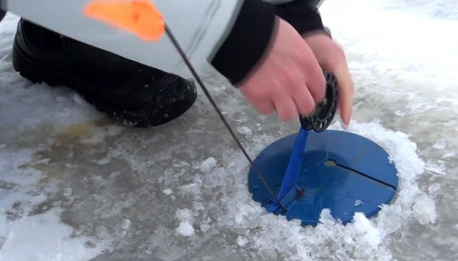 Как ловить налима зимой на стукалку — ловись рыбка