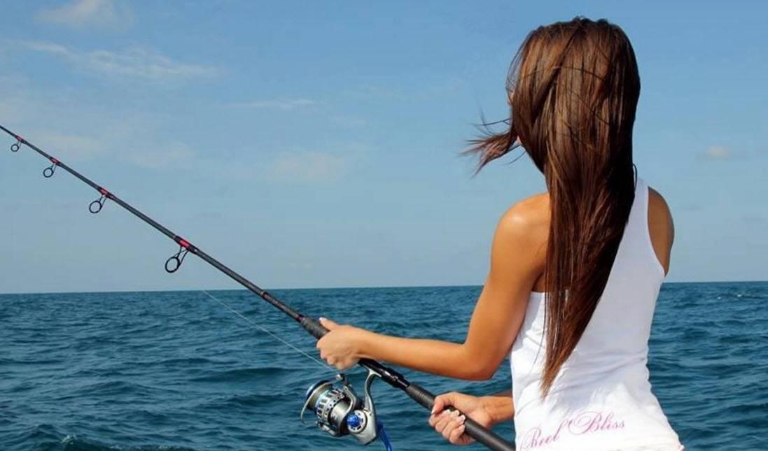 К чему снится, что рыбу руками ловлю: толкование по сонникам