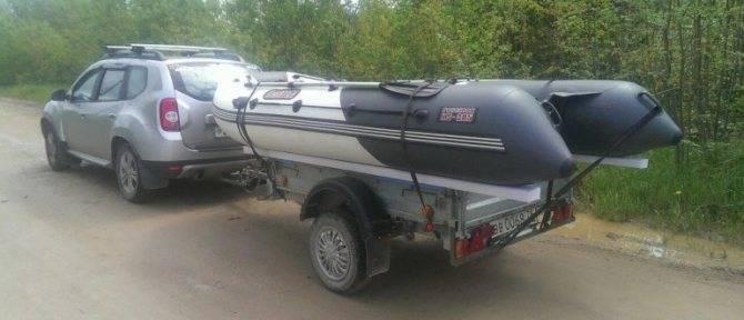 Прицеп и надувная лодка. перевозка надувной лодки на прицепе