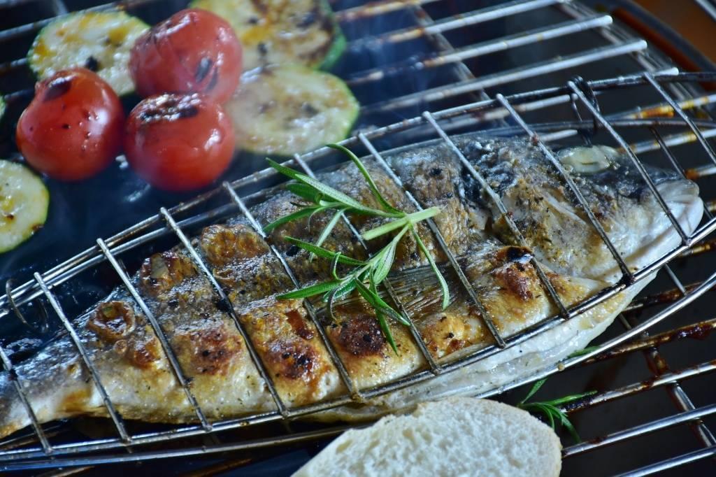 Карась на мангале - пошаговый рецепт с фото | блюда из рыбы и морепродуктов