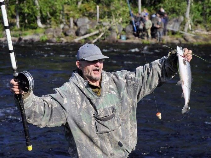 Рыбалка на озере умбозеро